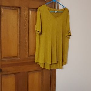Mustard, V neck short sleeve tunic, longer back